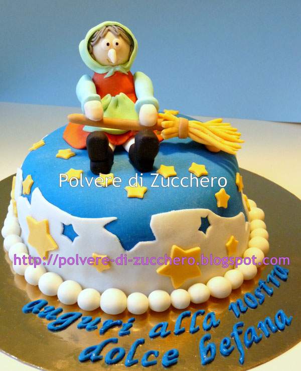 Foto della torta della Befana in pasta di zucchero n.33