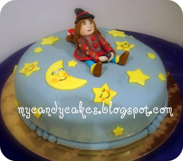 Foto della torta della Befana in pasta di zucchero n.34