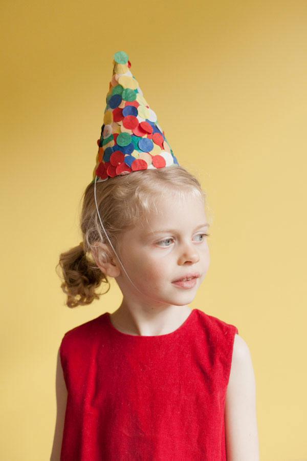 Il cappellino con i coriandoli
