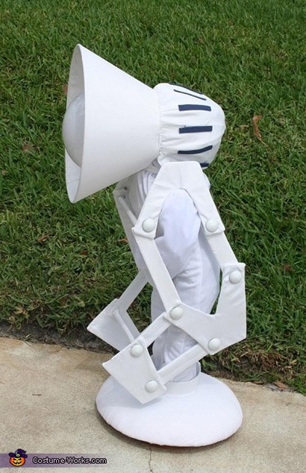 Costume da lampada della Pixar per bambini