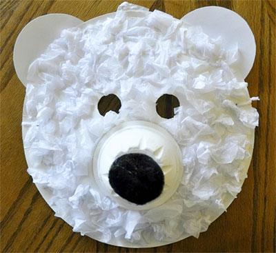 Maschera da orso polare con piatti di plastica