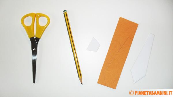 Come ritagliare la cravatta da utilizzare per la scatolina