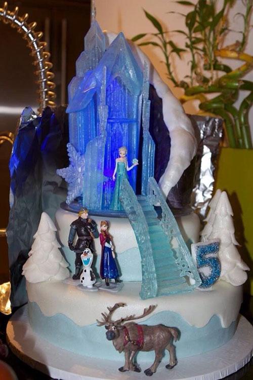 Foto della torta di Frozen n.10