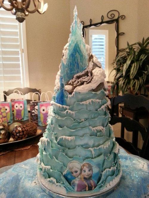 Foto della torta di Frozen n.13
