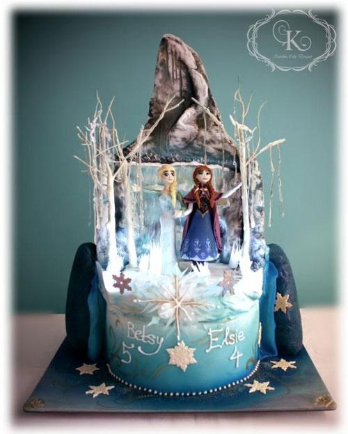 Foto della torta di Frozen n.15