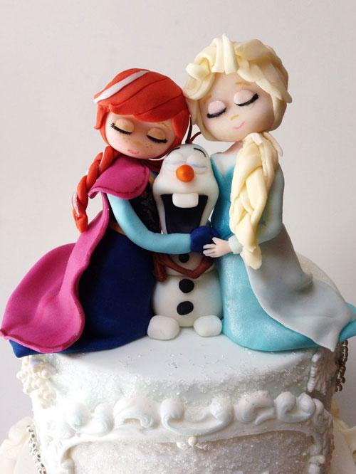 Foto della torta di Frozen n.29