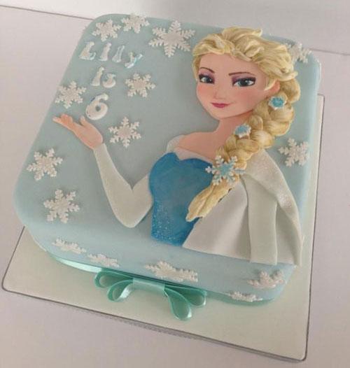 Foto della torta di Frozen n.48