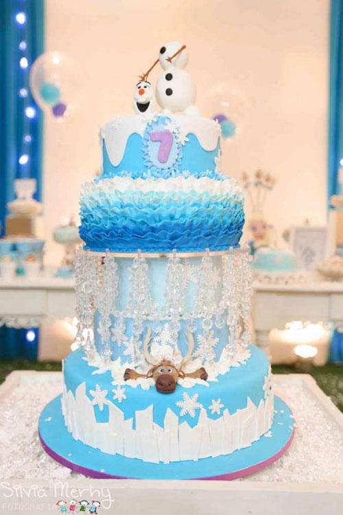 Foto della torta di Frozen n.96