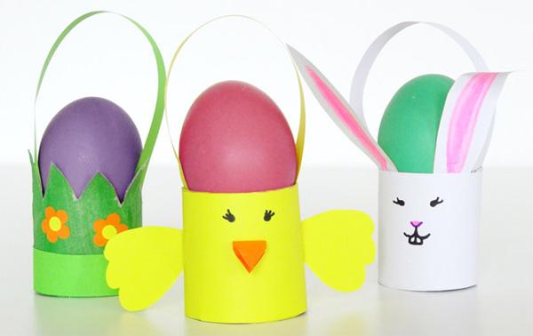 Come creare dei cestini porta uova con rotoli di carta igienica