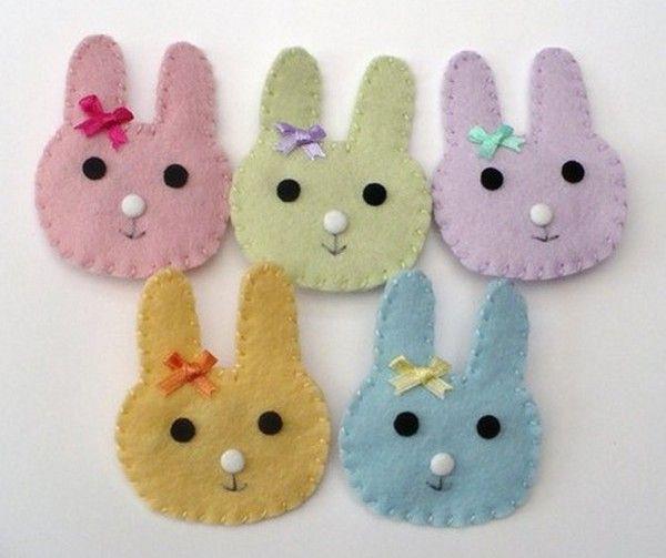 Coniglietti pasquali colorati