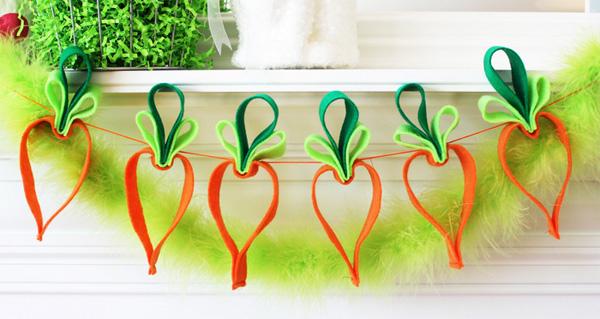 Decorazioni in feltro a forma di carote