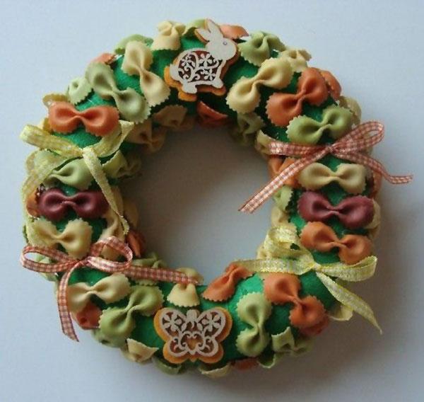 Lavoretto-Pasqua-Ghirlanda-Pasta