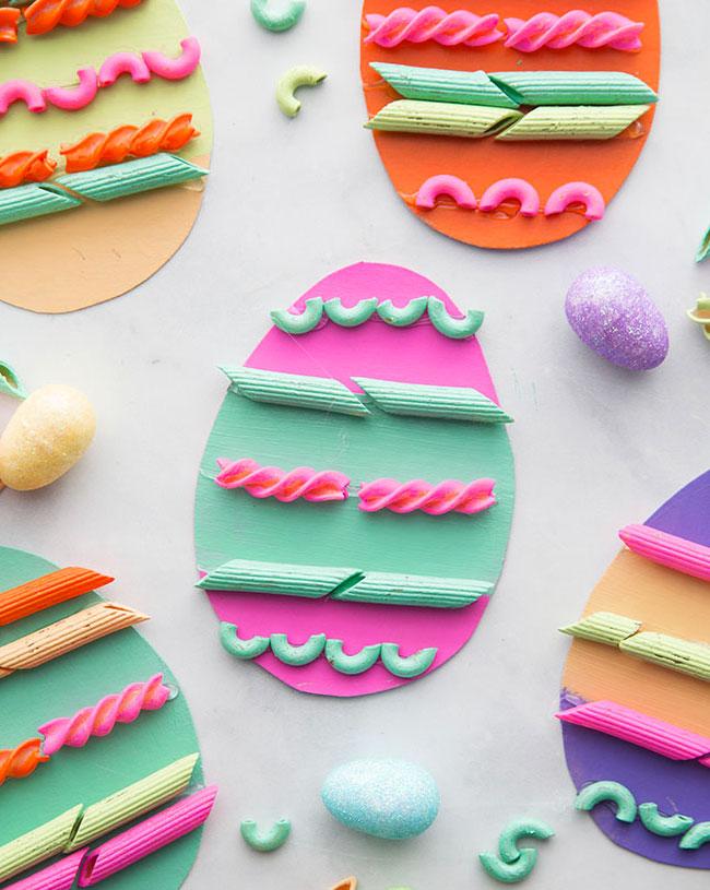 Come decorare le uova con la pasta secca