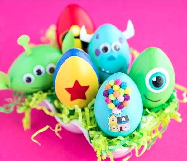 Uova di Pasqua decorate in versione Monsters