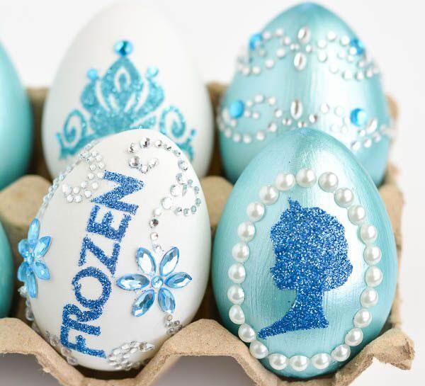 Uova di Pasqua decorate in versione Frozen