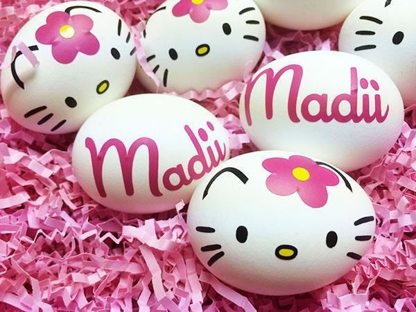 Uova di Pasqua decorate in versione Hello Kitty