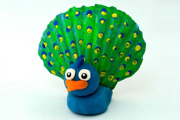 Come creare un pavone con conchiglia come lavoretto estivo