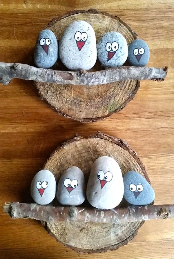 Uccelli con i sassi