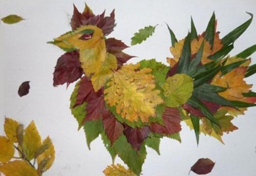 Come creare un gallo con le foglie autunnali