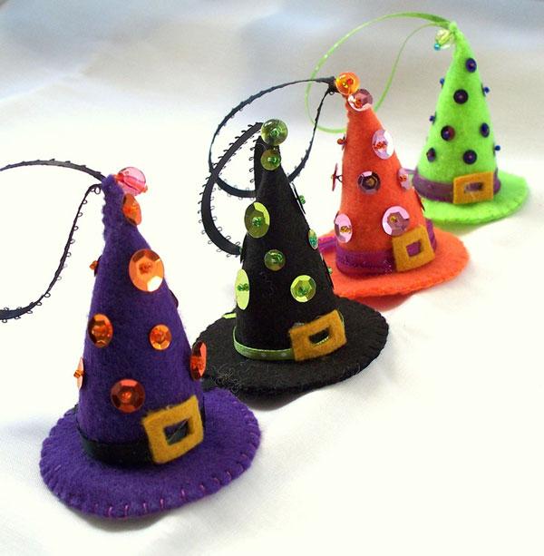 Come creare dei cappelli da strega in feltro per Halloween
