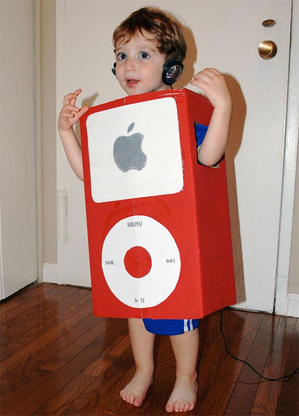 Come creare un costume da iPod fai da te per bambini