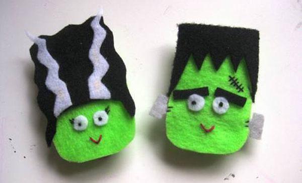 Come creare una coppia di Frenkenstein in feltro per Halloween