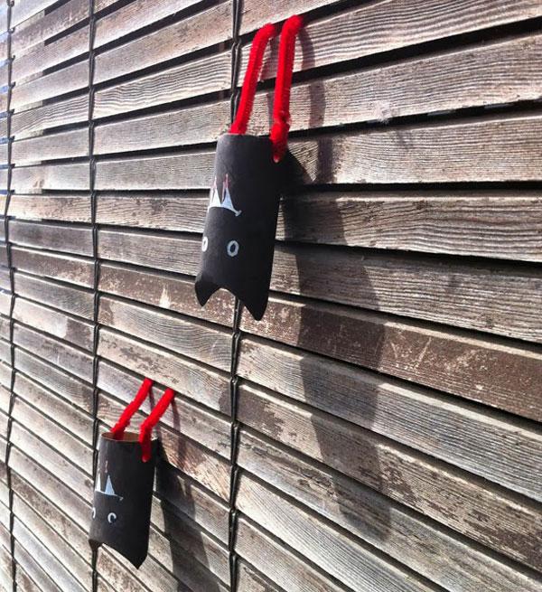 Pipistrelli creati con rotoli di carta n.02