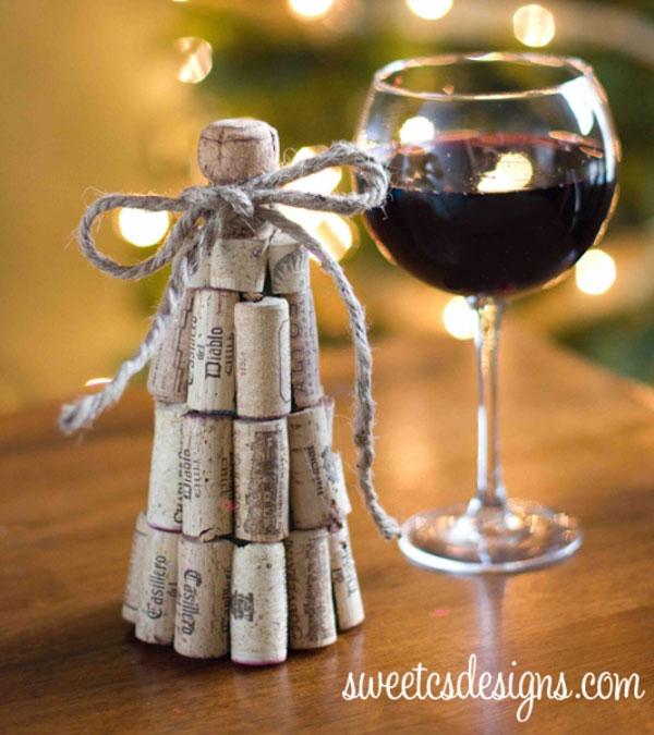 Modello di albero di Natale con tappi di sughero n.05