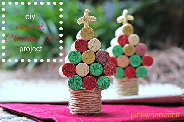 Modello di albero di Natale con tappi di sughero n.10