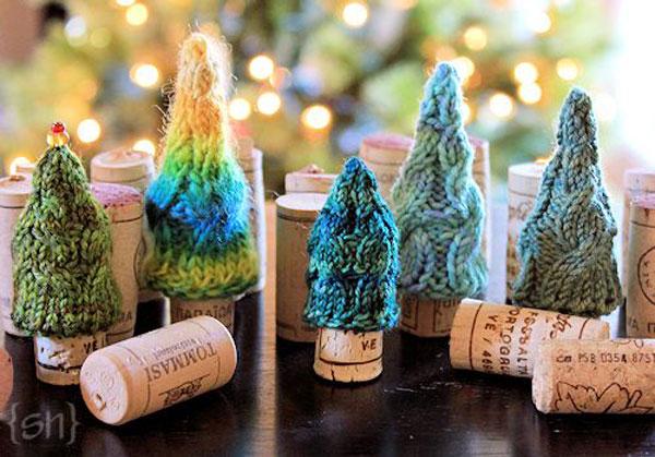 Modello di albero di Natale con tappi di sughero n.14