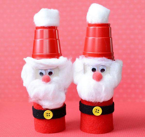 Versione di Babbo Natale con rotoli di carta n.2