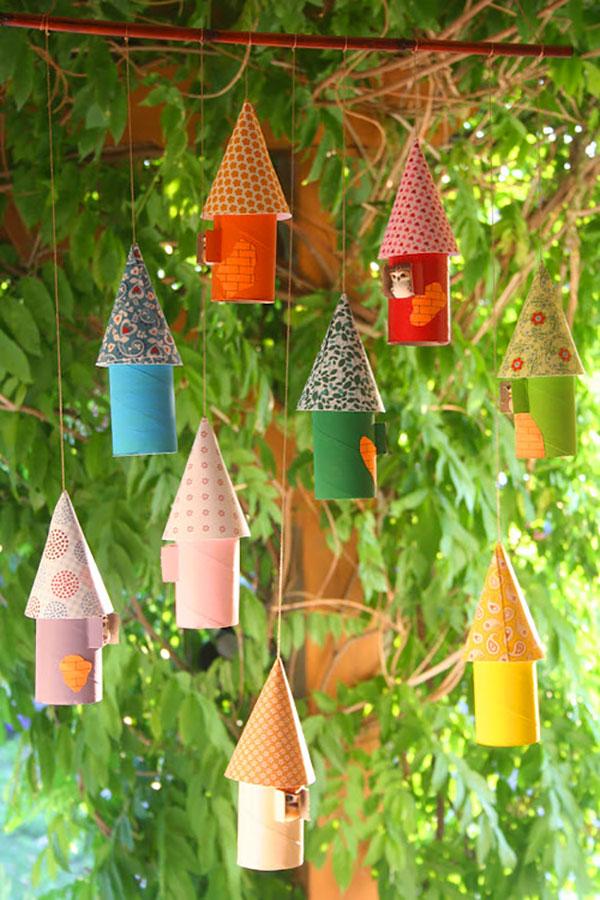 Come creare casette di Natale con rotoli di carta