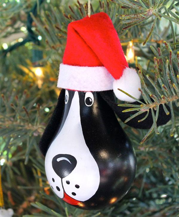 Idee per decorazioni natalizie con lampadine usate n.5