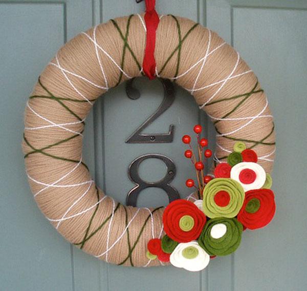 Modello di ghirlanda natalizia in feltro n.02