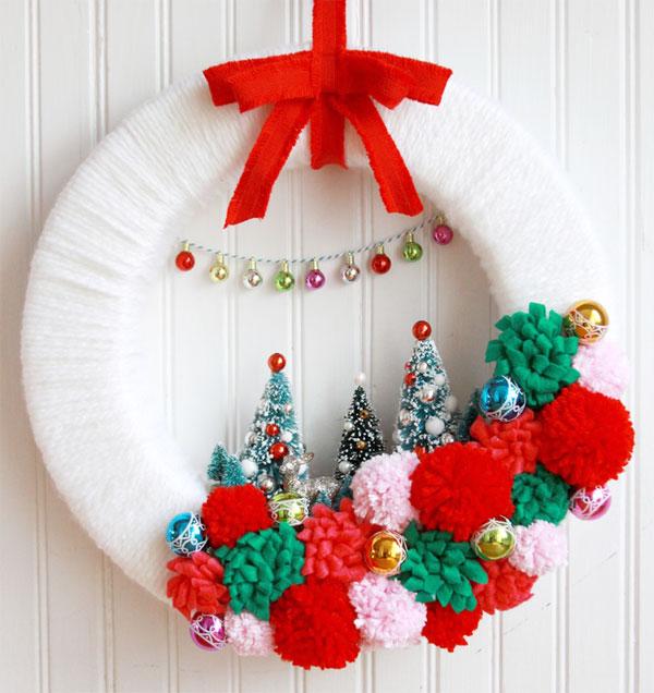 Modello di ghirlanda natalizia in feltro n.05