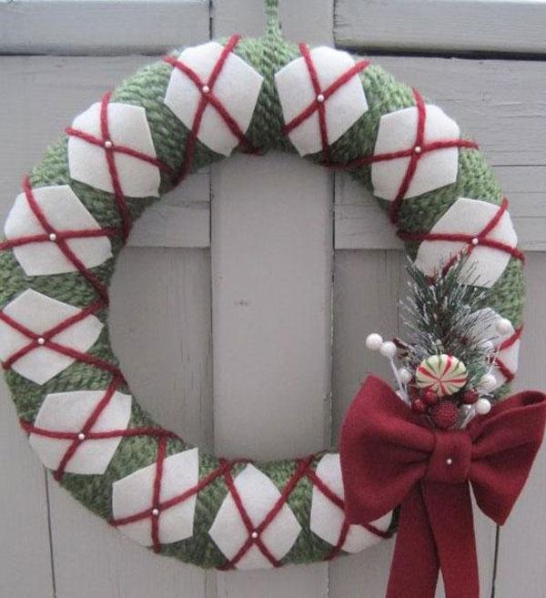 Modello di ghirlanda natalizia in feltro n.21