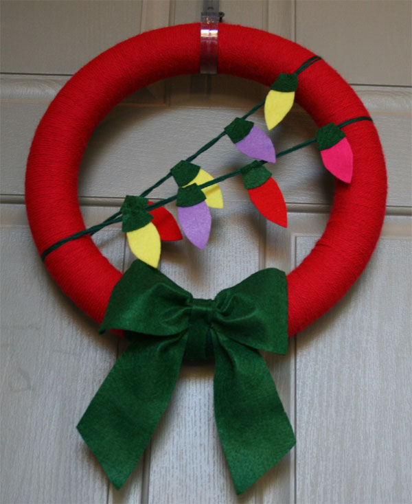 Modello di ghirlanda natalizia in feltro n.23