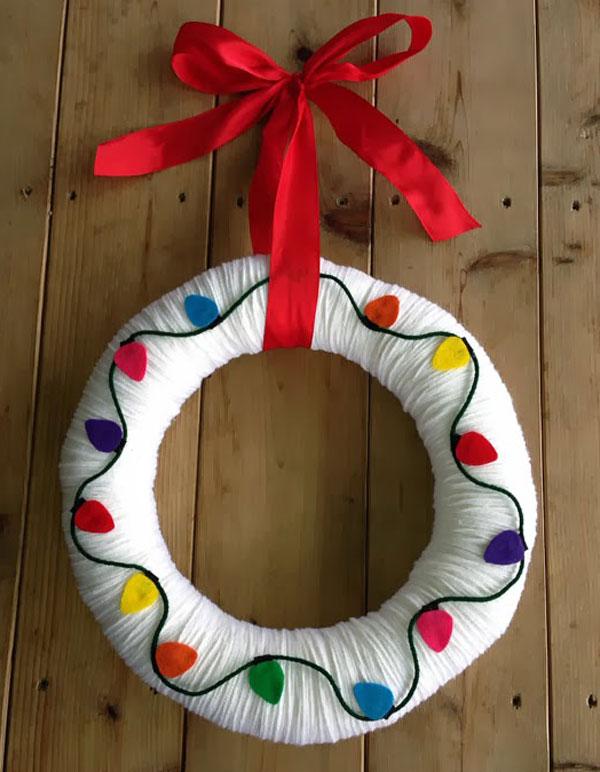 Modello di ghirlanda natalizia in feltro n.28