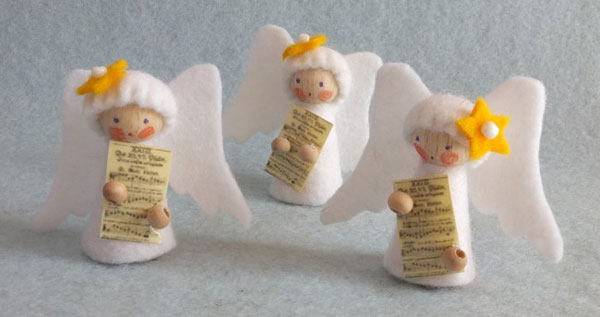 Angioletti in feltro come lavoretto natalizio n.2