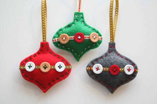 Modello di palline di Natale in feltro fai da te n.02
