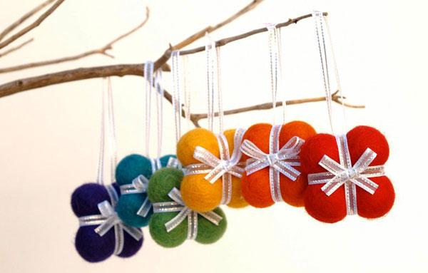 Modello di palline di Natale in feltro fai da te n.09