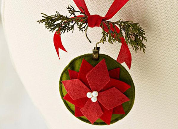 Modello di palline di Natale in feltro fai da te n.19