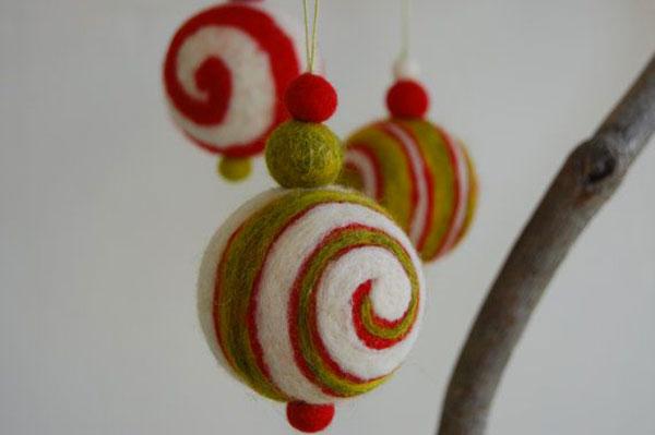 Modello di palline di Natale in feltro fai da te n.52