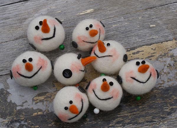 Modello di palline di Natale in feltro fai da te n.57