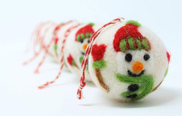 Modello di palline di Natale in feltro fai da te n.58