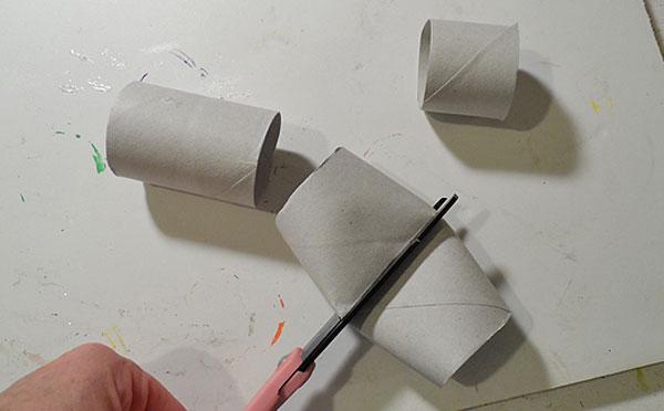 Rotoli di carta necessari per la creazione del villaggio natalizio
