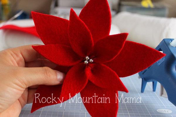 Modello di stella di Natale in feltro fai da te n.05