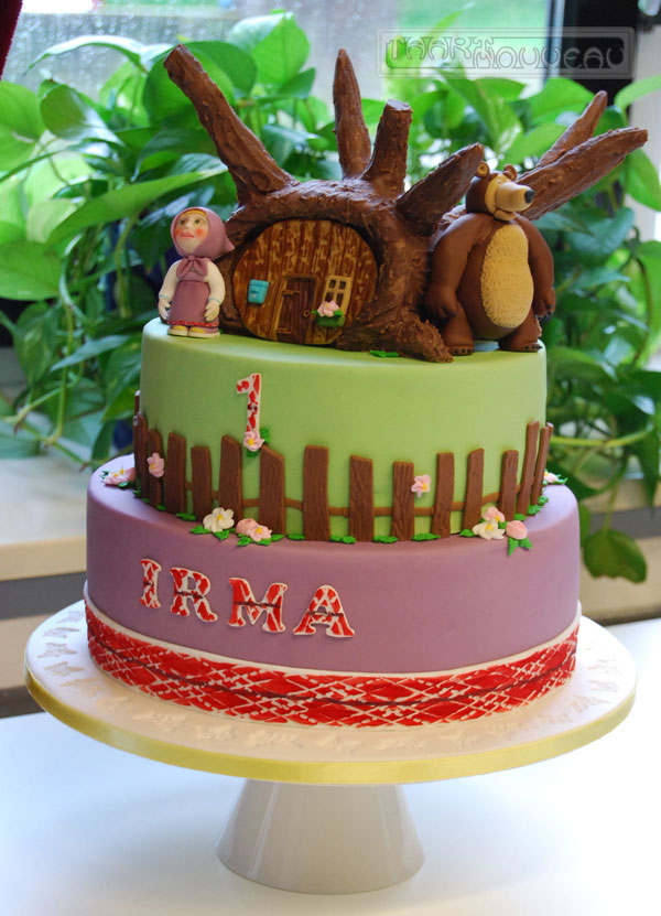 Immagine della torta di Masha e Orso n.16