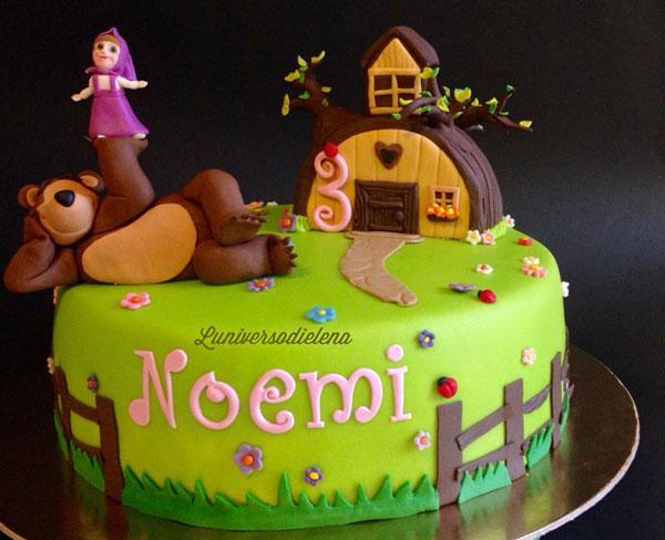 Immagine della torta di Masha e Orso n.40