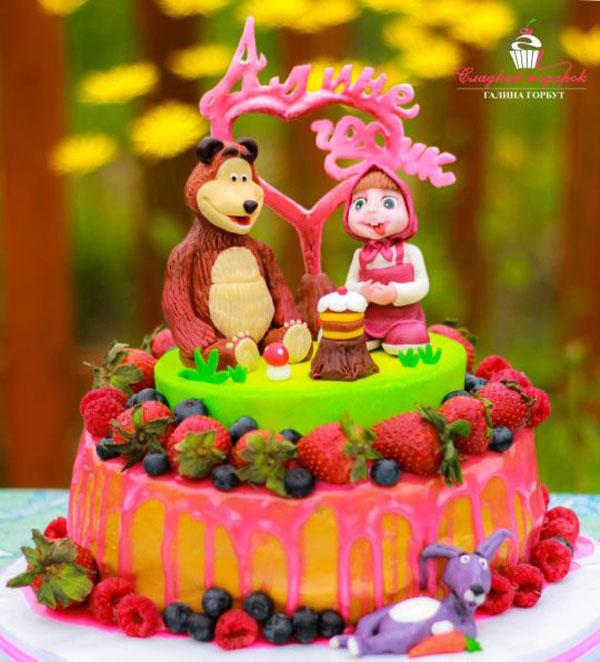 Immagine della torta di Masha e Orso n.55